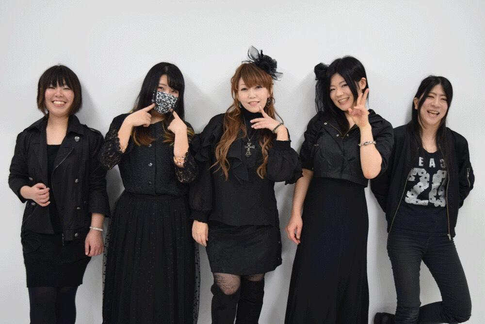 【Moon & Girls Vol.9〜秋といったら私達でしょ?〜】